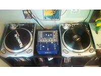 2x Numark TT200 Turntables included with Numark DXM Digital mixer for sale