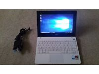 Asus X102B Touchscreen laptop 128gb SSD hd 4gb ram with webcam and HDMI port touch screen