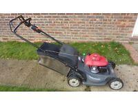 Honda hrx537 hydrostatic 21' cut petrol mower (cost £1000)