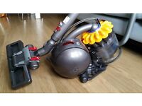 Vacuum Hoover - DYSON DC28 - BRAND NEW NEVER USED for £130