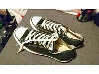 Ladies black shoes trainers size 5-6