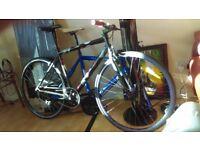 Single Speed or fixie Light Weight Aluminium Bike