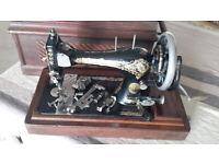 Antique/Vintage Singer Sewing Machine