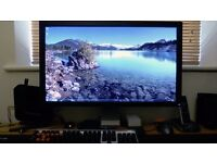 "Dell 27"" UltraSharp (U2711) Widescreen HD LCD Monitor. HDMI/DVI/VGA, (2560x1440) Resolution"
