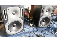 Behringer Active Monitors B2031