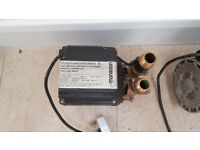 Monsoon S2.5 Bar Single Pump x2 - one with Flexi Hose