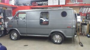 OLD SCHOOL VAN.REDUCED TO ONLY $2750 FIRM