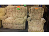 Recliner SETTEE & CHAIR......Very Good Condition. Lcal Delivery
