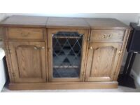 Solid Medium Oak Hi Fi Unit. VGC