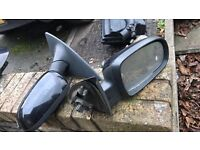Pair of Corsa c side mirrors black good condition