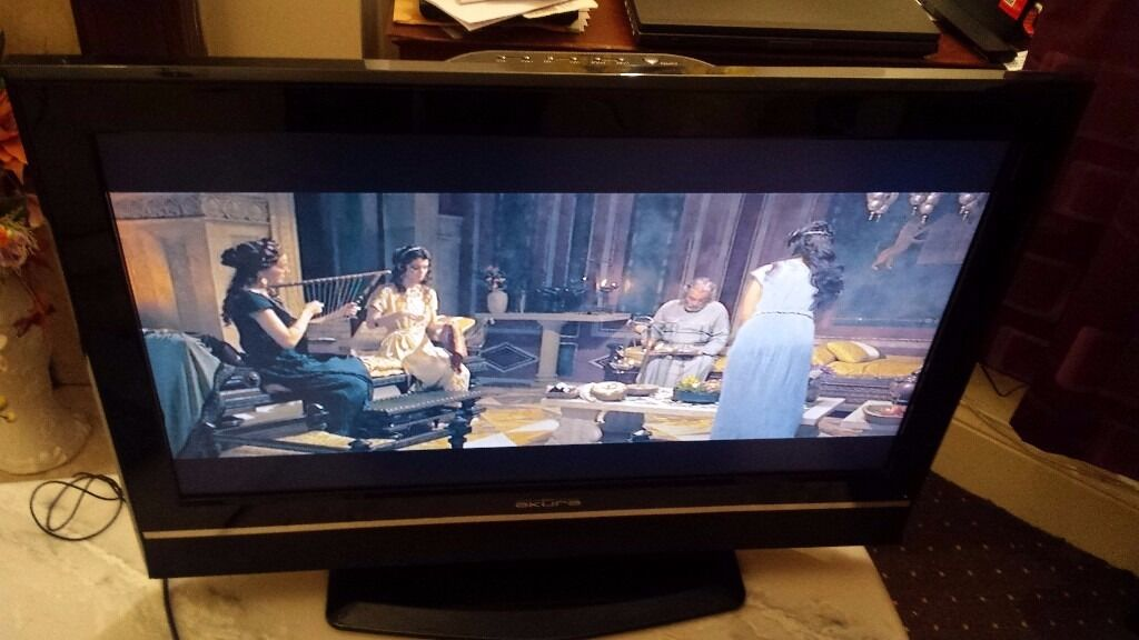 """Akura APL3221W-HDID 32"""" 720p HD LCD Television missing remote control"""