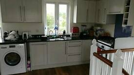 Double bedroom for rent Thames Ditton