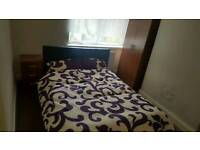 Clean double room, no deposits all bills inclusive fast 152mb+ wifi