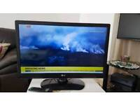 LG 32-inch Widescreen HD Ready LED TV with Freeview model 32LS3500