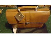 Laptop/ briefcase Leather - Brand new - Ideal Christmas present