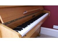 Beautiful Zender upright piano for sale. wonderful condition, 7 octaves,