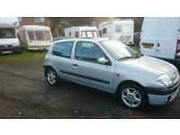 Renault clio 1.2 petrol 2001