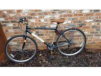 Universal Stirling 700C Hybrid Mens' Bike