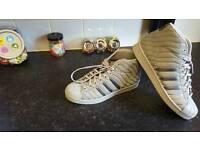Light Grey Unisex Adidas Shoe