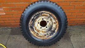 Split Rim with 205 R16 Tyre (Land Rover)