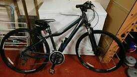 As new - ladies xs hybrid giant bike