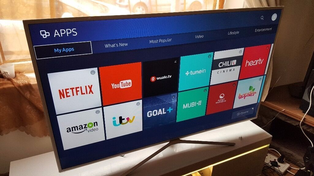 "SAMSUNG 55"" Smart ULTRA SLIM FULL HD TV with built in Wifi,Freeview HD,GOOD Condition. 2016 model"