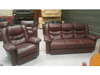 Leather 3 seater and recliner chair in vgc can deliver