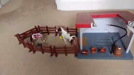 Horse playset with 2 horses