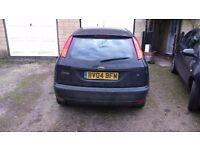 2004 black ford focus zetec hatch. quick sale £300 ono
