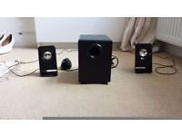 Excellent condition logitech z213 computer speakers with subwoofer