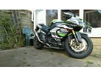 2005 Kawasaki zx10r Ninja super bike r1 gsxr 1000