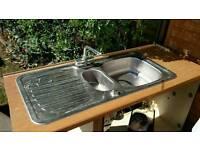 Kitchen sink stainless steel free