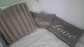 Grey show pillows