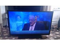 """TOSHIBA REGZA 40"""" FULL HD LED TV FREEVIEW/MEDIA PLAYER/SLIM DESIGN EXCELLENT CONDITION NO OFFERS"""