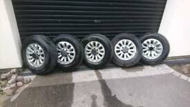 5 alloy wheels and tyres - Isuzu Trooper