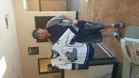Team signed Victoria Royals Jersey