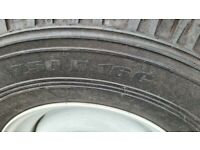 Landrover original wheels with tyres