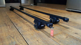 Thule roof bars and footpack (Rapid System 755) with 4 locks and 1 key