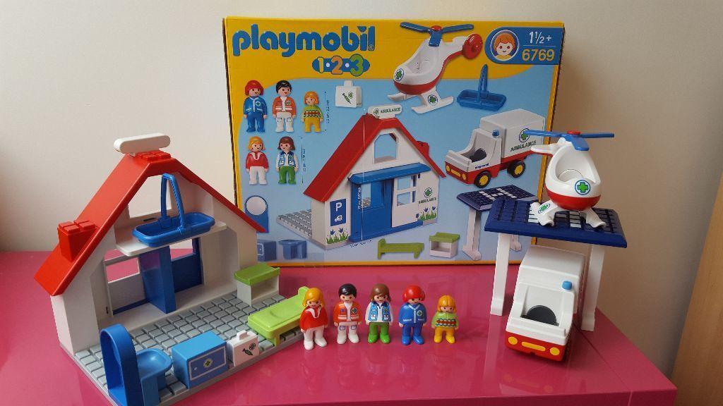 playmobil 123 hospital ambulance 6769 in milton keynes. Black Bedroom Furniture Sets. Home Design Ideas