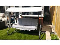 3-seater garden swing
