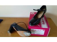 Ladies Black Katz Leather Tap Shoes Size 7 Toe and Heel Taps Fitted