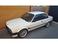 BMW E30 Coupe 318i auto