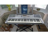 Yamaha PSR-E303 YPT-300 Electronic Keyboard with stand and books