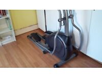 Vision Fitness - Elliptical Trainer (Cross trainer)
