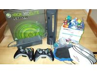 Xbox 360 elite 120Gb, 2 wireless controllers and games bundle