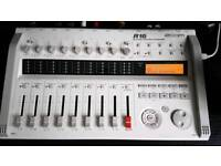 Zoom R16 8 Channel USB Interface and Portable 16 track recorder