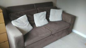 Versatile sofabed with 4 different setup options