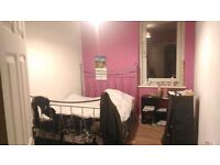 One double bed to rent in piershill