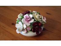 Royal Doulton giftware bone china flower basket in immaculate condition