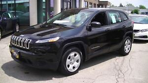 2015 Jeep Cherokee SPORT WITH 4 NEW TIRES